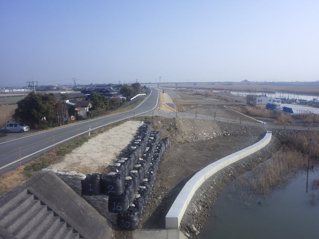 H30・緑川川口上流地区築堤工事