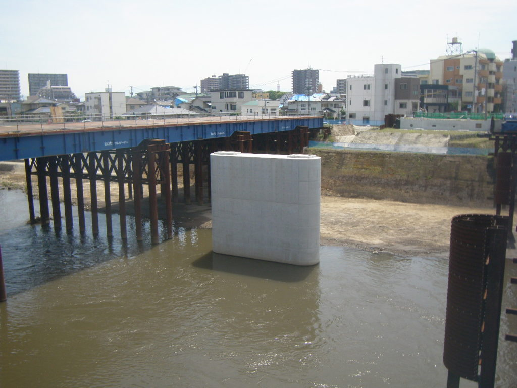 H28・白川明午橋旧橋脚撤去及びP1新設工事